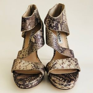 Nina Shoes - Brand New Nina Metallic Snake Print Pumps
